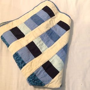 Project Linus Blue White Quilt Blanket Yellow